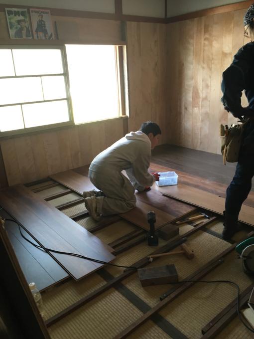 娘の部屋その8。畳の部屋の床貼りです。_f0182246_13330660.jpg