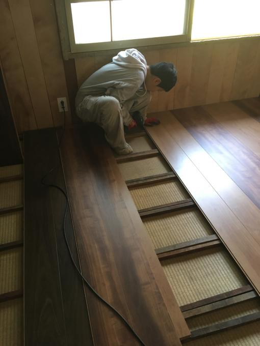 娘の部屋その8。畳の部屋の床貼りです。_f0182246_13332654.jpg