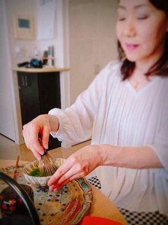 【名残の桜~伊と和の融合カジュアルお抹茶会】_e0078071_14380554.jpg