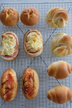 基本のパン生地(惣菜系)_f0204175_1726310.jpg