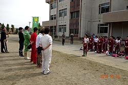 稲刈り体験(緑ヶ丘小・北郷小) _d0247484_15225541.jpg