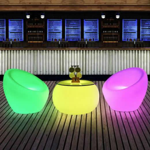 LED内部照明付き小物・家具、テーブルセット、花瓶、ランプなど_d0165304_16021734.jpg
