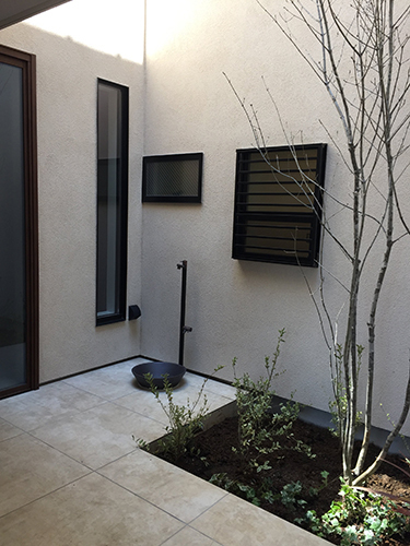 「ビルトインガレージのあるコートハウス」完成見学会を行いました_f0170331_12505439.jpg