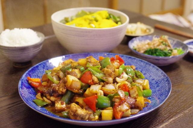 鶏とカシューナッツの炒め。_c0234685_23510939.jpg