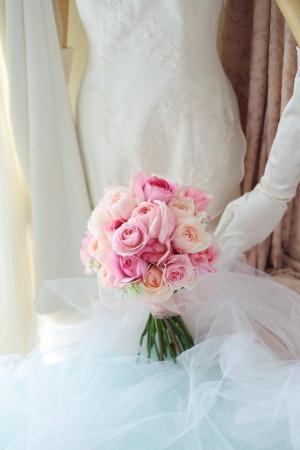 クラッチブーケ 軽井沢高原教会様へ ピンクのバラとライラックで_a0042928_13454839.jpg