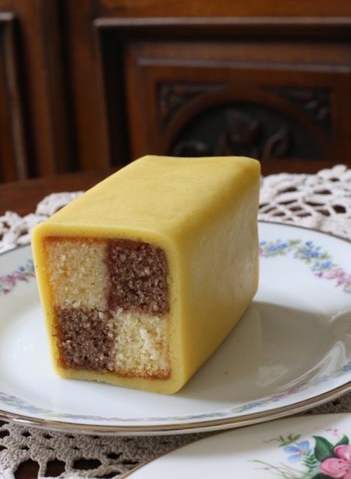 英国伝統菓子バッテンバーグ_f0380234_03425433.jpg