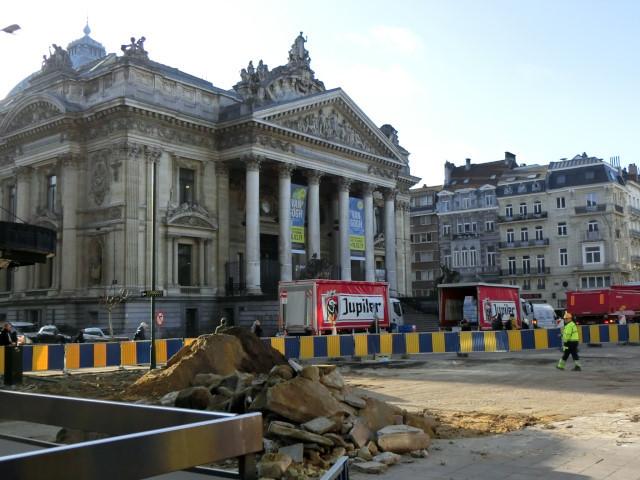 朝のブリュッセル名所散歩_f0189467_18354329.jpg