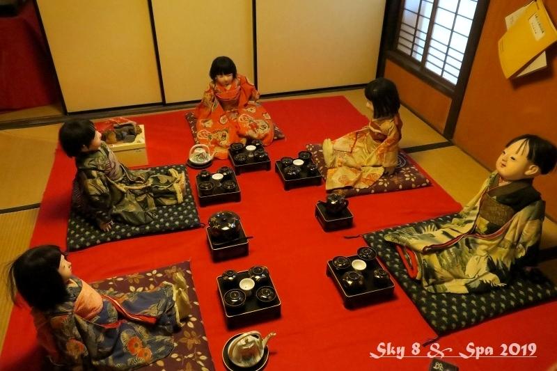 ◆ 車旅で広島へ、その16 鞆の浦 その2「鞆・町並みひな祭り」へ (2019年3月)_d0316868_19385371.jpg