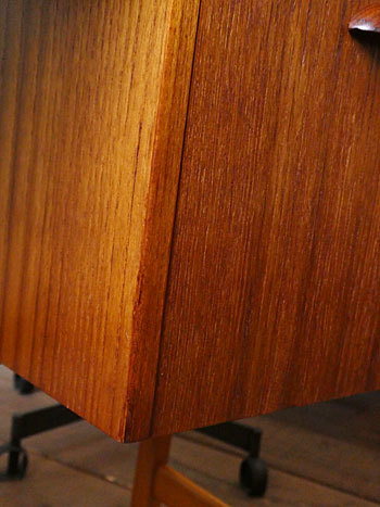 Dresser_c0139773_17462922.jpg