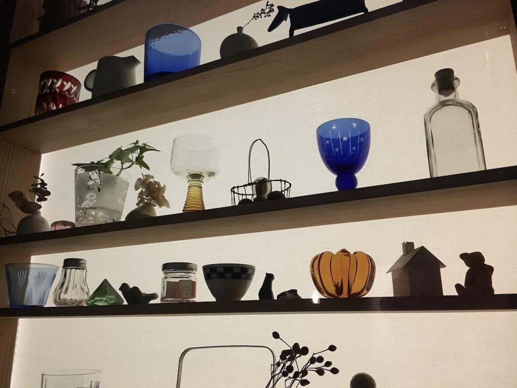 キッチンの窓 〜好きな小物を並べて〜_c0334574_06093233.jpg