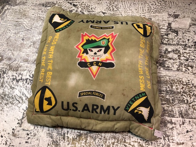4月20日(土)マグネッツ大阪店、服飾雑貨入荷!!#3 U.S.Military編Part 1 Cushion & WebBelt、Cap!!_c0078587_1835799.jpg