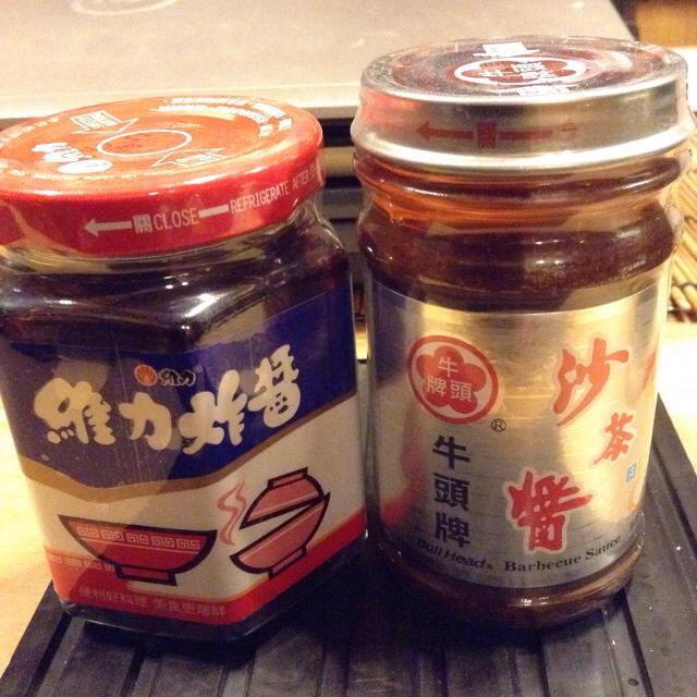 本場台南の麺でジャージャー麺。_a0334793_22225216.jpg