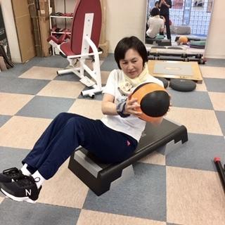 トレーニンググッズ メディシンボールで鍛えよう_b0179402_12024387.jpg