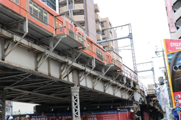 天満駅周辺から高架下を歩いた話を書こうと思っていますが、誰か見たい人いますか_c0001670_21355169.jpg