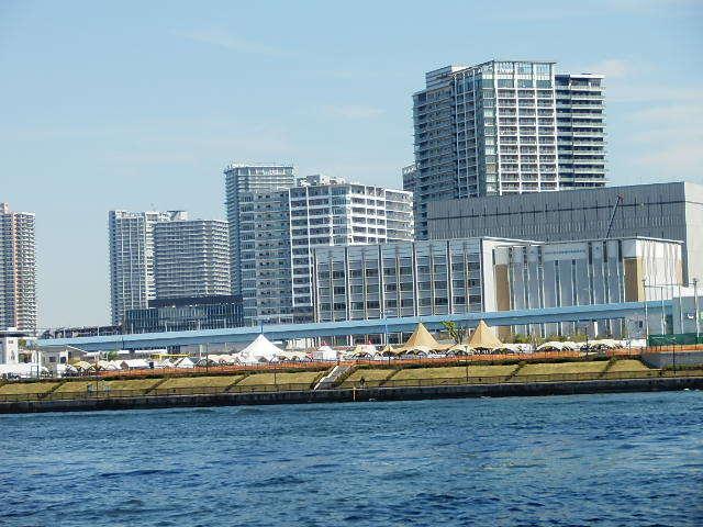 「国民とともに歩まれた写真展」と「東京湾クルーズ」 _e0378686_10511938.jpg
