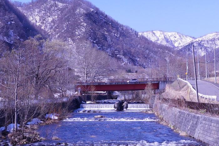 川沿いの散歩コース_d0162994_08190876.jpg