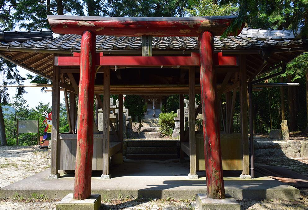 黒田官兵衛の生誕地と伝わる播磨黒田城跡を訪ねて。_e0158128_19443388.jpg