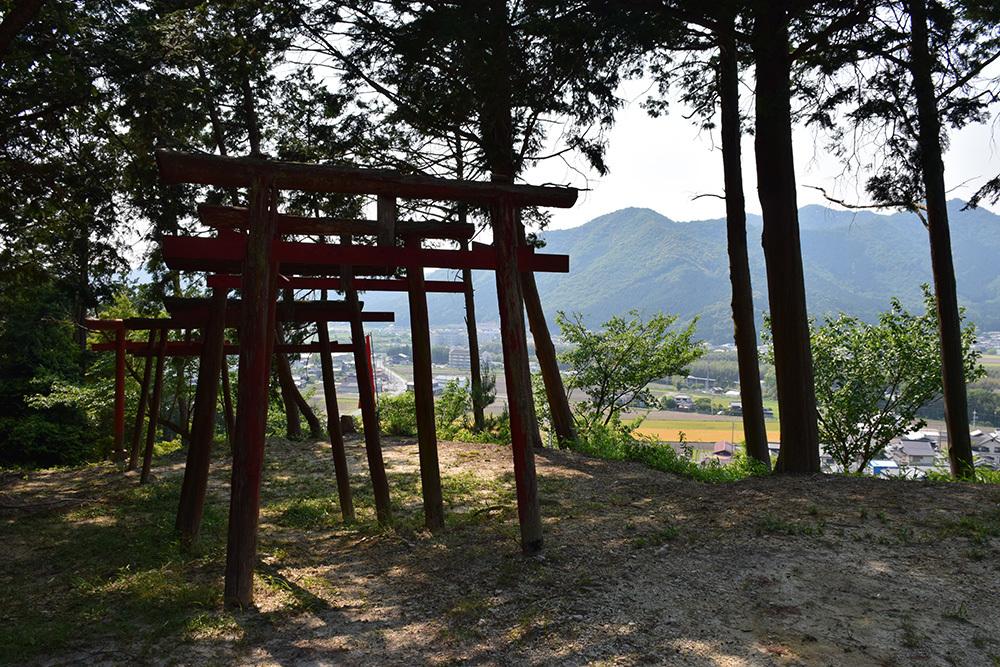 黒田官兵衛の生誕地と伝わる播磨黒田城跡を訪ねて。_e0158128_19471689.jpg