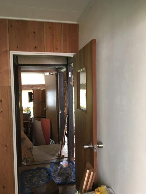 洗面所その3。壁を塗ったっきりでしたが、やっと!_f0182246_21004091.jpg