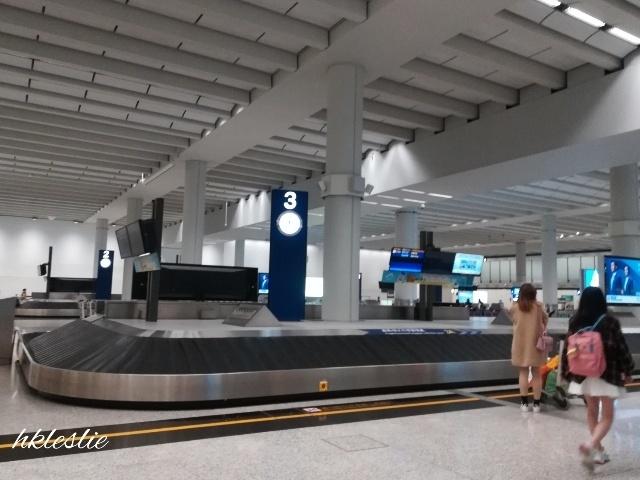 香港國際機場到着_b0248150_03454641.jpg