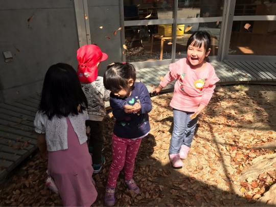 幼稚園楽しいよ〜^_^_f0324461_16095872.jpg