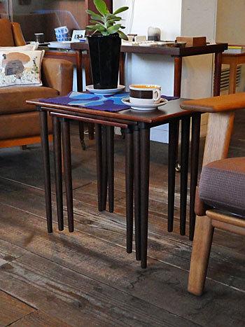 Nesting table_c0139773_14143064.jpg