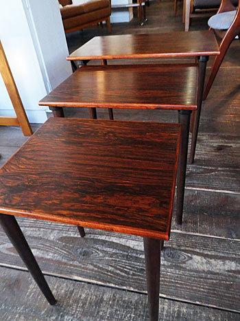 Nesting table_c0139773_14152080.jpg