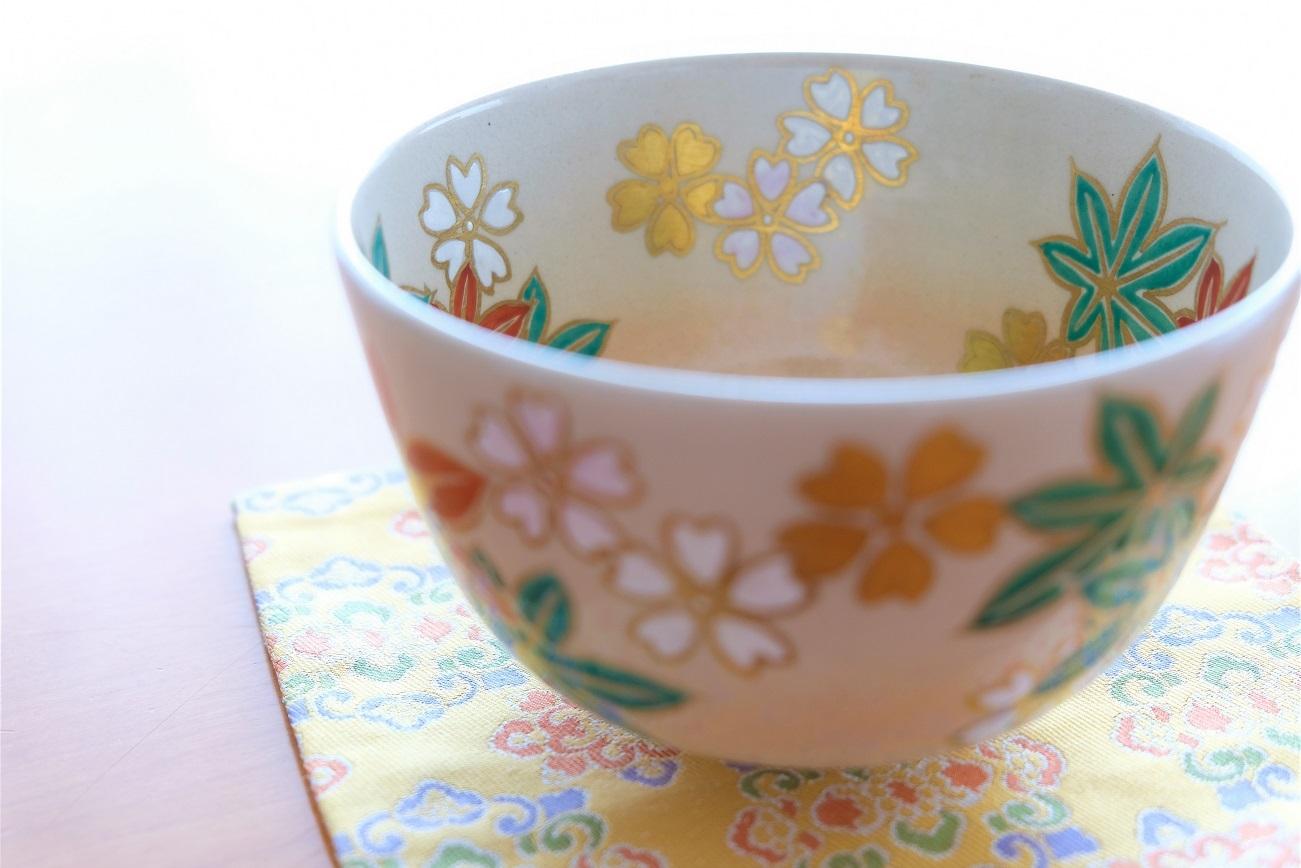 思い出の茶碗と上野の桜_b0362781_10481804.jpg
