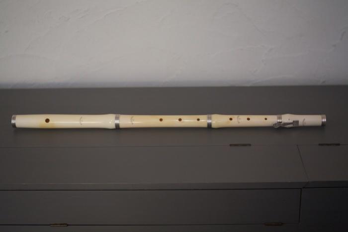 フラウト・トラヴェルソ4 Ivory Cahusac Flute by Cameron_f0042194_10544502.jpg