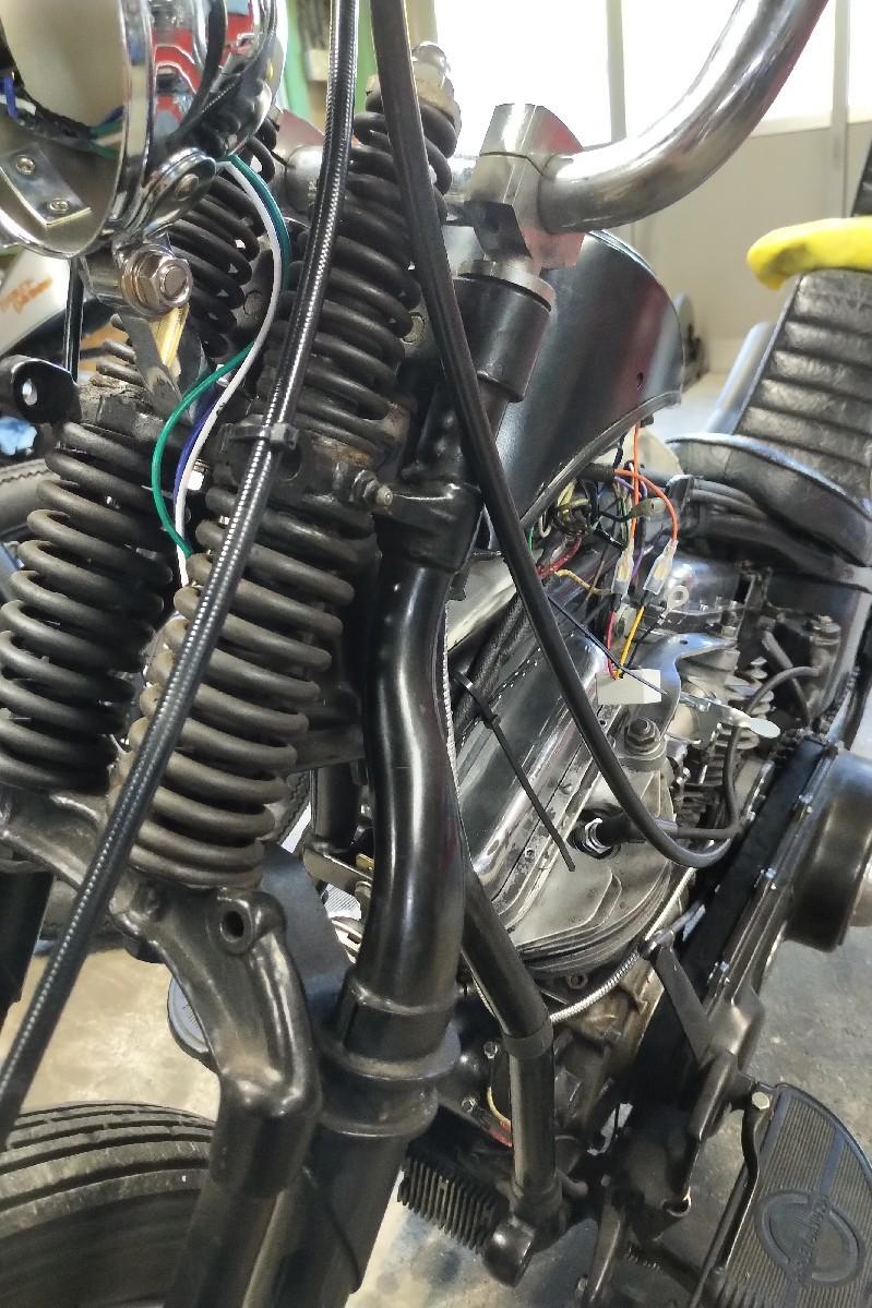 納車〜久々のバイクだ..._a0159215_00381842.jpg