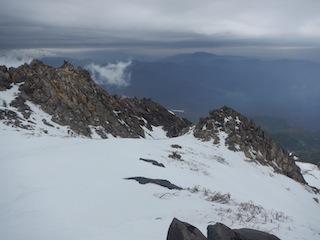 上はカリカリ、下はグサグサでギャフン…御嶽山_c0359615_20351244.jpg