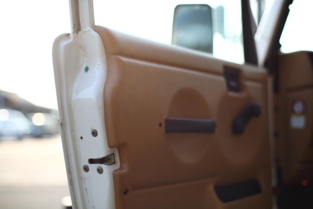 ご納車完了のXJから各作業進行中のTJ_f0105425_19410356.jpg