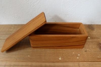 6/10 木製 チーク バターケース再入荷いたしました_f0325437_13422777.jpg