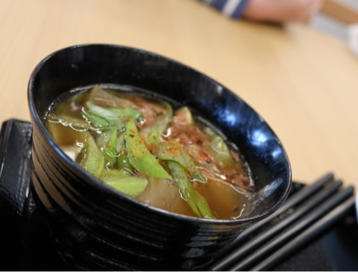 春の山形旅行#1☆道の駅よねざわで見知らぬ山菜?に会う。_f0207146_14054114.jpg