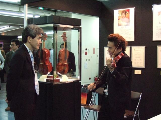 吉田直矢さんの演奏会(5/6宮地楽器)に向けて_d0047461_06304613.jpg