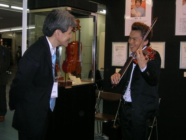 吉田直矢さんの演奏会(5/6宮地楽器)に向けて_d0047461_06311458.jpg