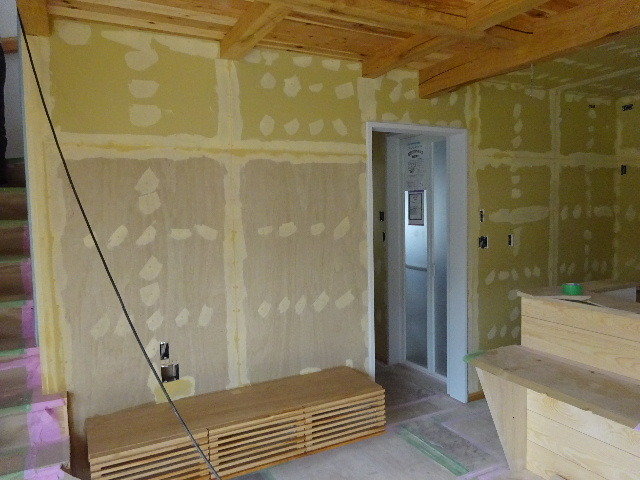 桜台の家 大工工事も終盤戦に入りました!_f0105112_04231445.jpg
