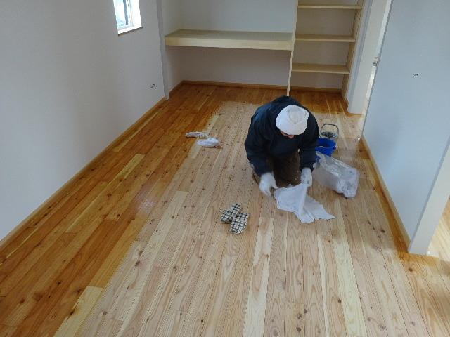 桜台の家 大工工事も終盤戦に入りました!_f0105112_04245268.jpg