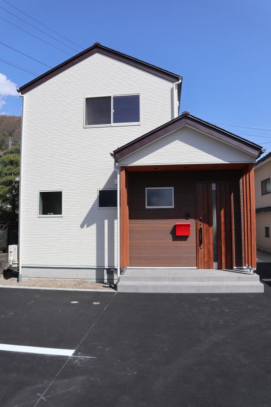 諏訪市 K様邸 見学会とお引渡し_e0347716_16595727.jpg
