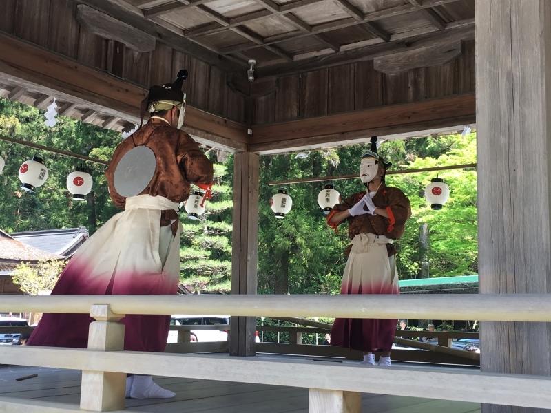 久しぶりの小國神社で_b0220318_09313091.jpg