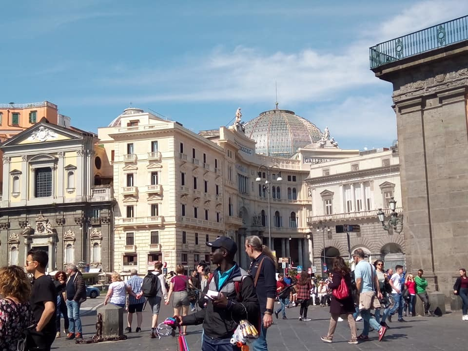 ナポリの旅はつづく_b0305039_04023656.jpg