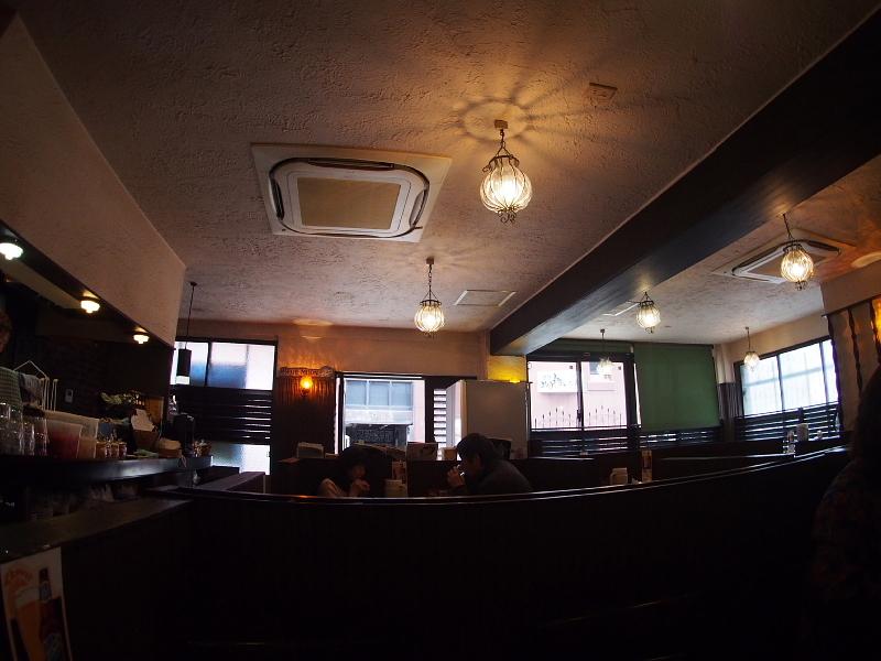 【珠玉のカレー】渋谷の老舗「ムルギー」の玉子入りムルギーカリー &その界隈_b0008655_16491469.jpg