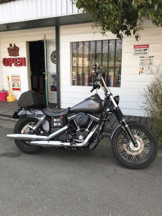 本日のバイク!_f0194657_17452775.jpg