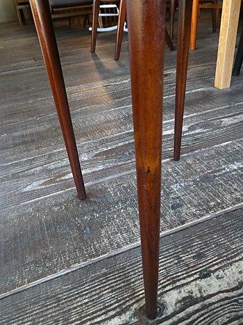 Nesting table_c0139773_19093925.jpg