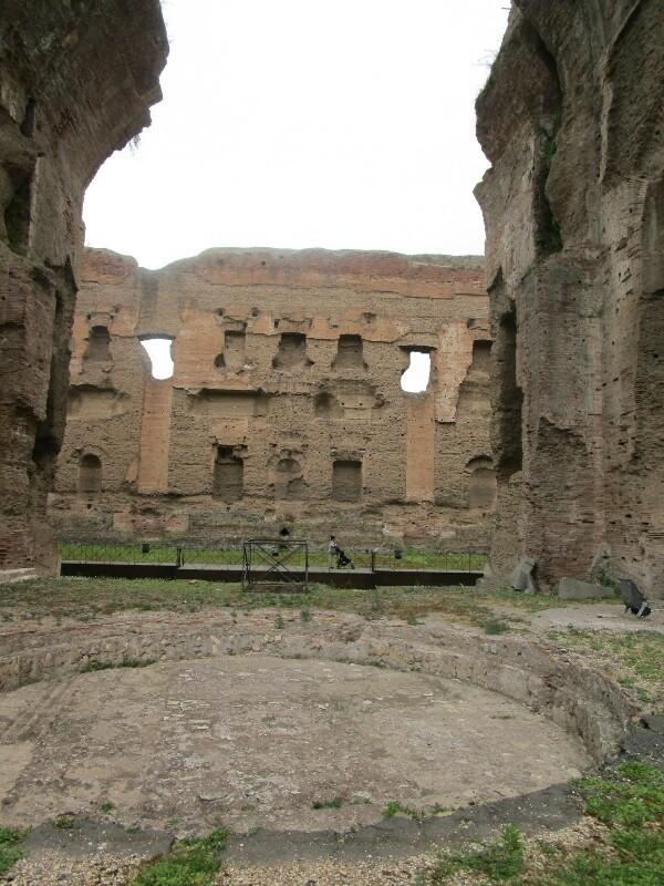 ローマ3日目【ローマ郊外】アッピア街道はどこまでも続いていた_e0201281_02234075.jpg