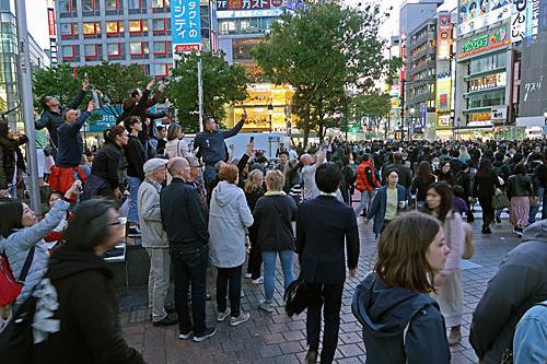 渋谷ハチ公前_a0188487_18161705.jpg