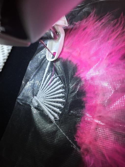 ジュリアナ扇子の刺繍(^^)_e0385587_22162475.jpeg