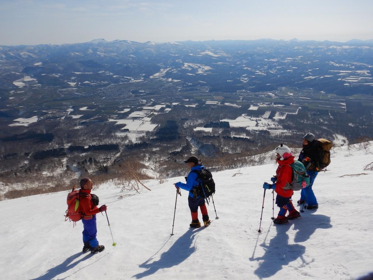 羊蹄山ご来光登山、2019.4.21ー同行者からの写真ー_f0138096_18200263.jpg