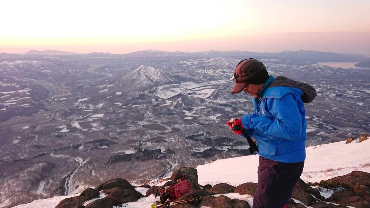 羊蹄山ご来光登山、2019.4.21ー同行者からの写真ー_f0138096_18205025.jpg