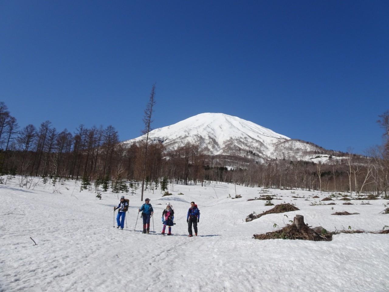 羊蹄山ご来光登山、2019.4.21ー同行者からの写真ー_f0138096_18271628.jpg